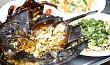 Sam biển nướng – món ăn nổi tiếng không thể thiếu khi đi du lịch Cát Bà