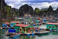 Làng chài Cái Bèo – Chèo thuyền thưởng ngoạn ngôi làng cổ nhất Việt Nam