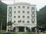 Khách sạn Cat Ba Plaza