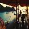 Le Pont Bungalow - Hostel Ổ Rơm Cực Kỳ Độc Đáo Trên Đảo Cát Bà